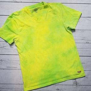 LEVI'S lime green t shirt v neck TIE DYE